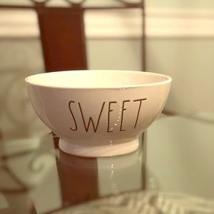 Rae Dunn Sweet cereal/ice cream bowl